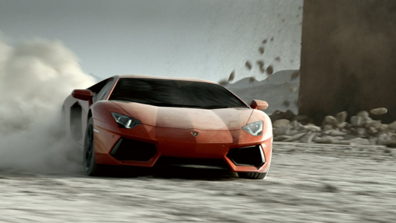 the-lamborgini-avendator-trailer